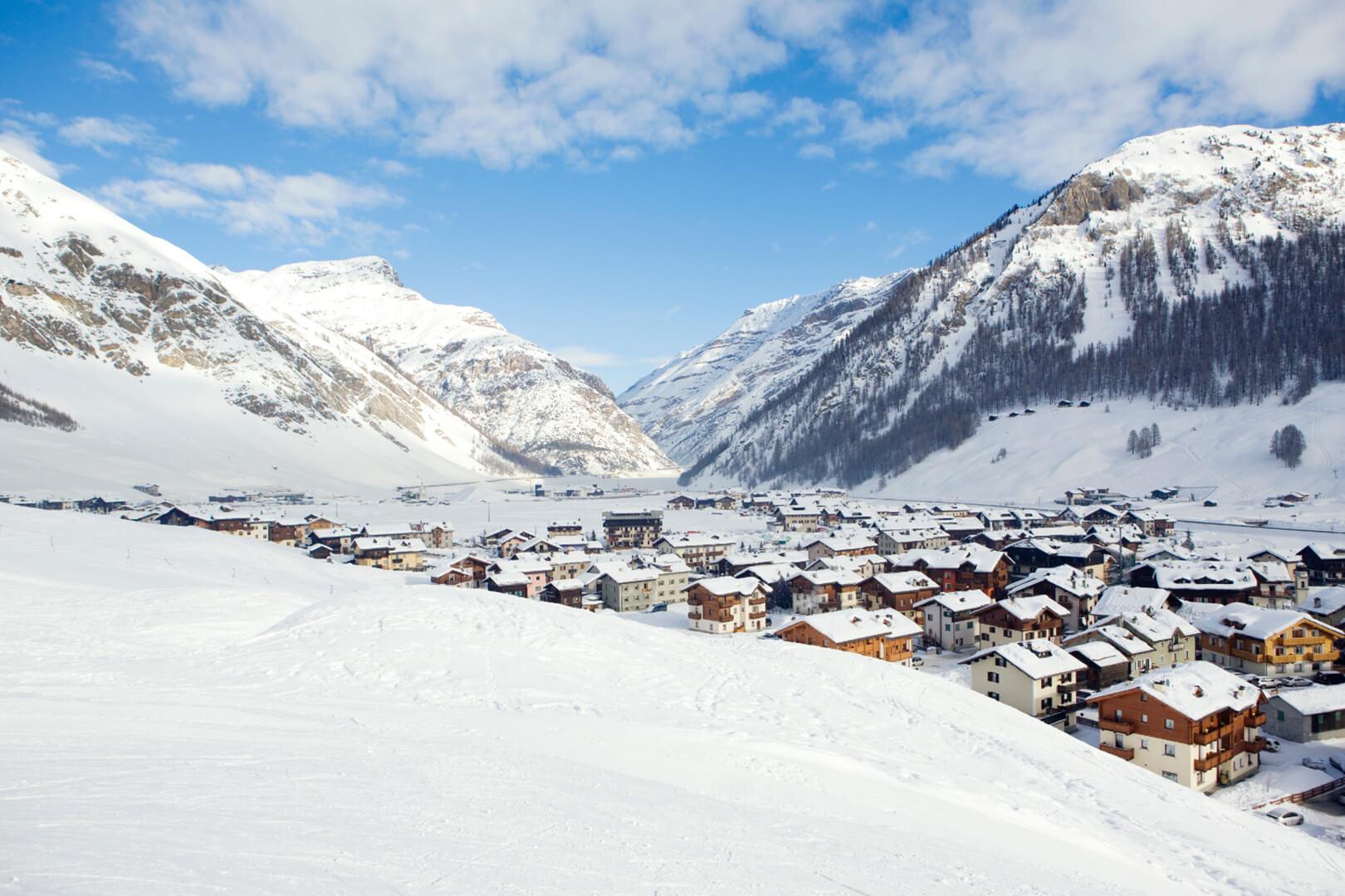 panoramica invernale su Bormio
